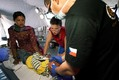 MUDr. Alena Květoňová, absolventka naší školy, pomáhala v Nepálu